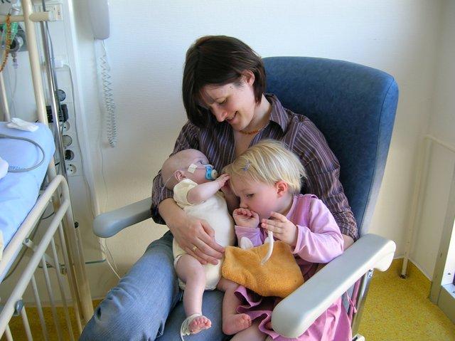 fev 2007 multiple hospitalisation gabin est fragile-001.JPG
